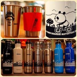 CLAMPオリジナルボトルとカップもクリーンカンティーンの製品です。